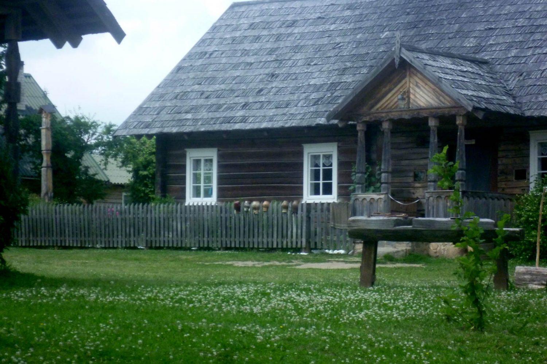 ethnographic homestead lithuania anyksciai