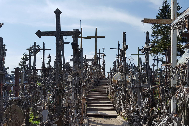 private pilgrim tour from vilnius the hill of crosses