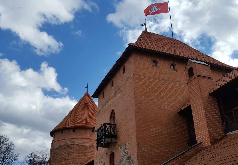 scenic lithuanian experience trakai castle